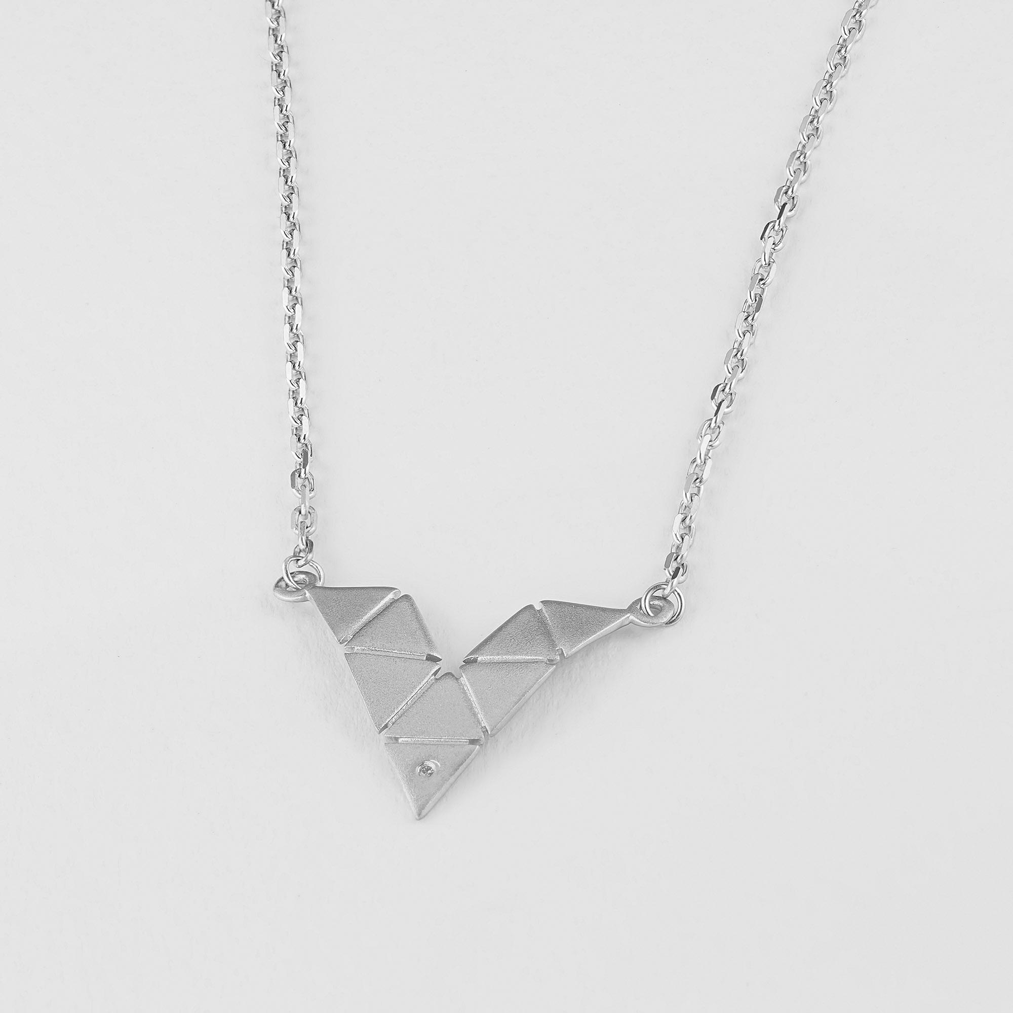 Колье из серебра с бриллиантом э1701кл03193300